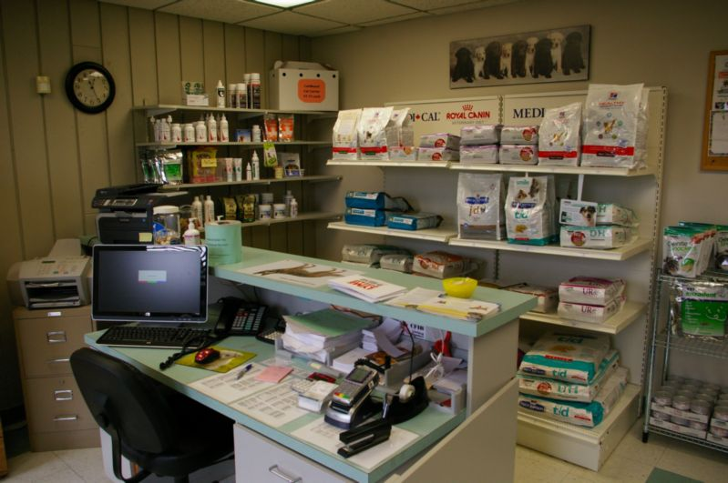 Front desk and product shelves at Dresden Veterinary Clinic